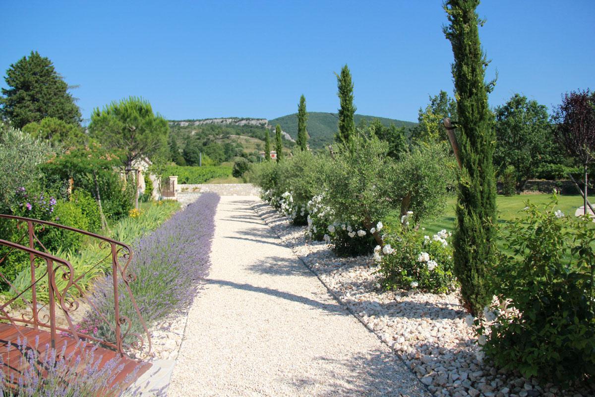 Jardins proven aux for Jardins decoratifs